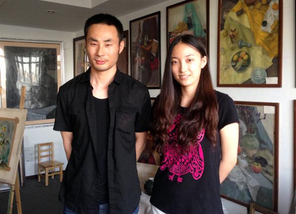 1-邹扬和杜老师在画室.jpg